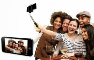 selfie stick users